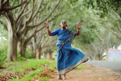 Telugu Kids Story - Vrukshamitra Thimmakka Story