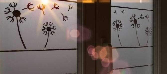 Stickers décoratif pour fenêtre pissenlits avec rayon du soleil