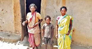 गरीब झारखंडी आदिम जनजातीय परिवार से वादाखिलाफी करती सरकार