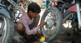 विश्व बालश्रम निषेध दिवस भारत में केवल मजाक! ही तो है