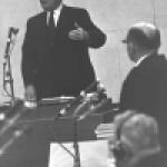 Historian Salo Baron testifies at Adolph Eichmann's trial in Jerusalem.