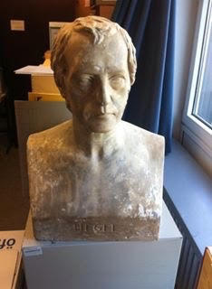 Hegel Bust Bochum Archive
