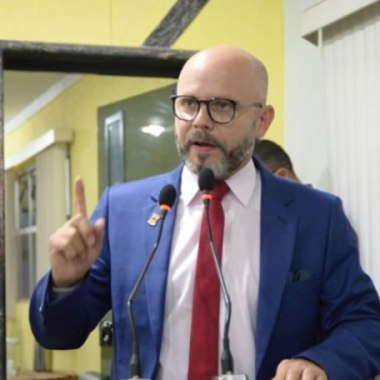 REESTRUTURAÇÃO ADMINISTRATIVA: Câmara aprova projeto do Executivo Municipal