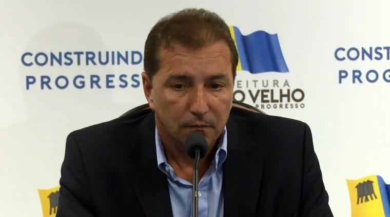 CANETADA – Hildon Chaves exonerou um secretário por mês em 2017