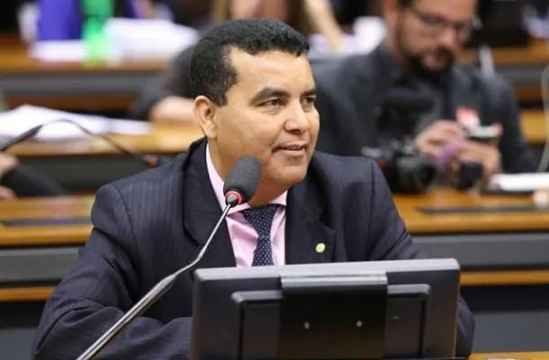 ELEIÇÕES – Apontado por improbidade, máfia e corrupção eleitoral, Garçom tentará voltar ao Congresso