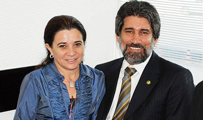 ELEIÇÕES – Fator Mariana Carvalho pode ser a pá de cal de Marinha Raupp no Congresso