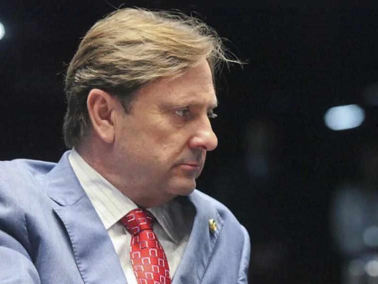 FICHA SUJA – STF condena senador Acir Gurgacz a 4 anos e meio de prisão