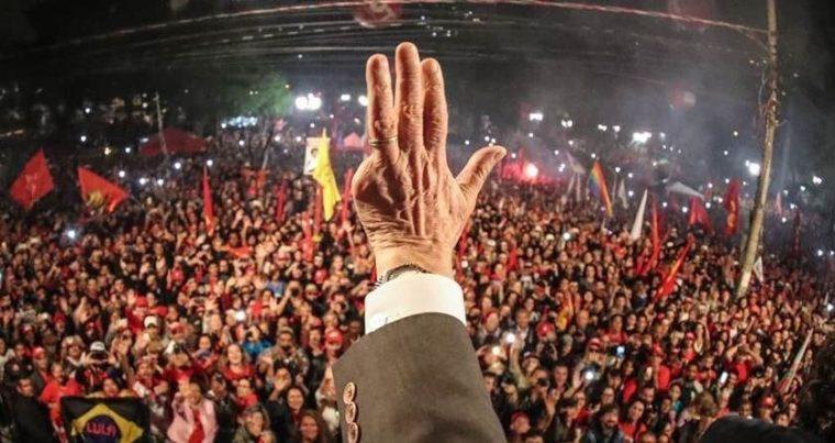 VOX POPULI – Lula lidera intenção de voto mesmo após prisão