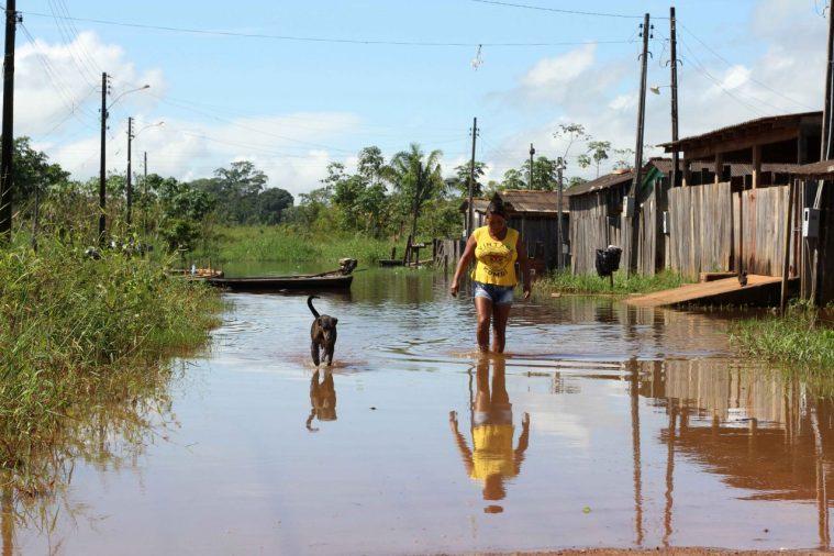 Governo anuncia ação conjunta para investimentos em Guajará-Mirim atingida pela cheia