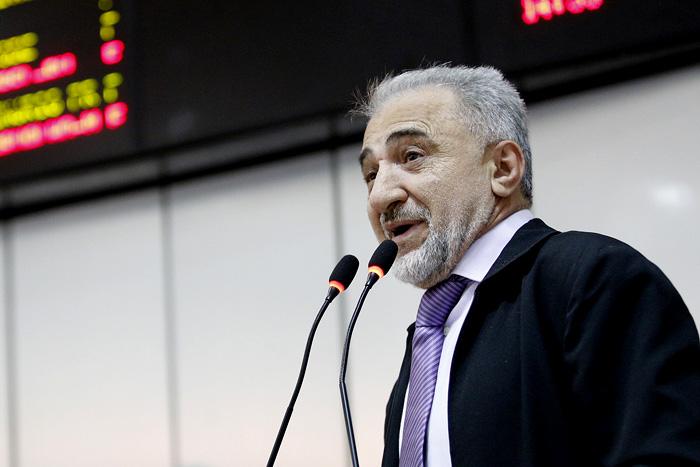 Sessão homenageará Linda Kozan com Voto de Louvor proposto por Hermínio Coelho