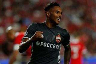 Fla retoma 'novela' com Vitinho e negocia valores com o CSKA