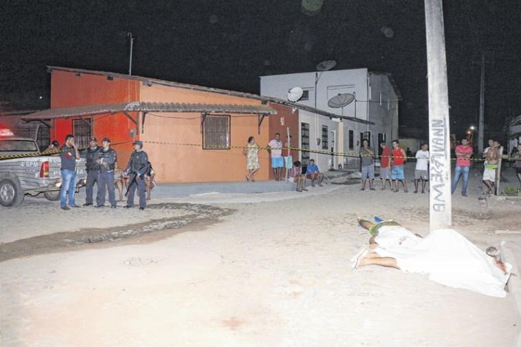 Chacina em distrito de Porto Velho deixa três mortos e dois feridos