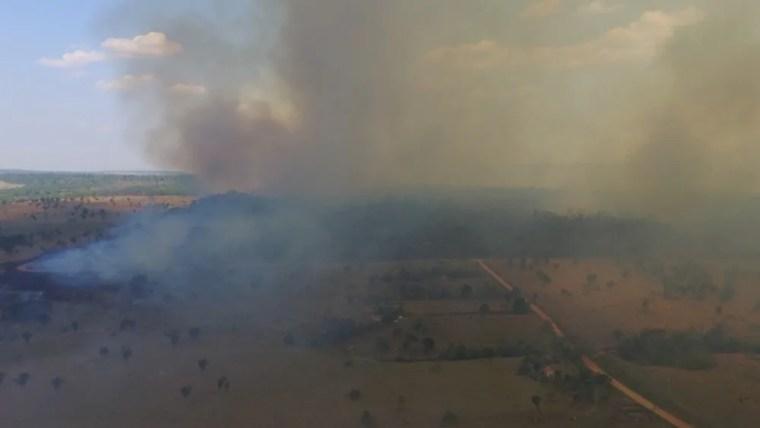 Corpo de Bombeiros mostra proporção de incêndio que atinge reserva ambiental