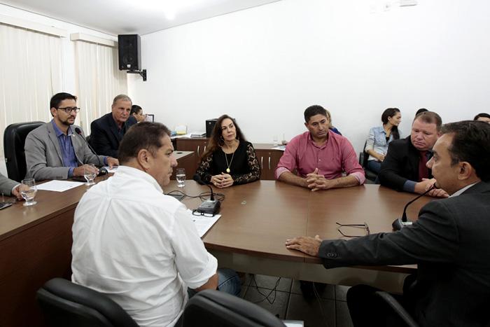 Comissão de Educação e Cultura cobra da Seduc atraso de obras em escolas
