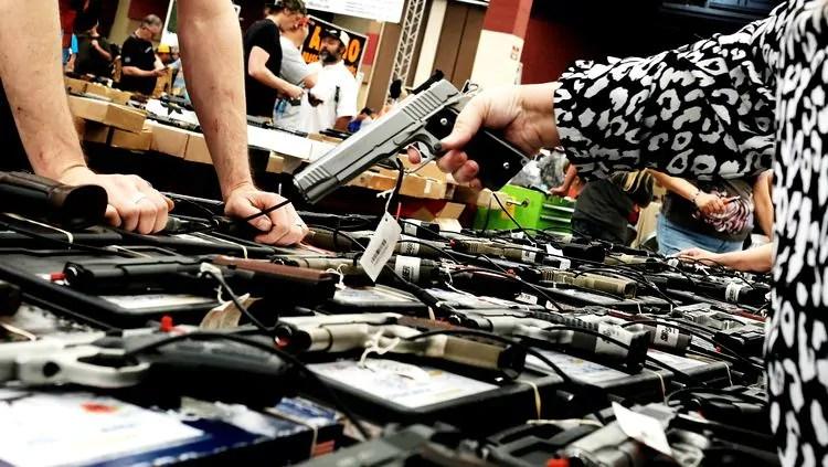 Governo editará medidas sobre posse de armas e fraudes na Previdência