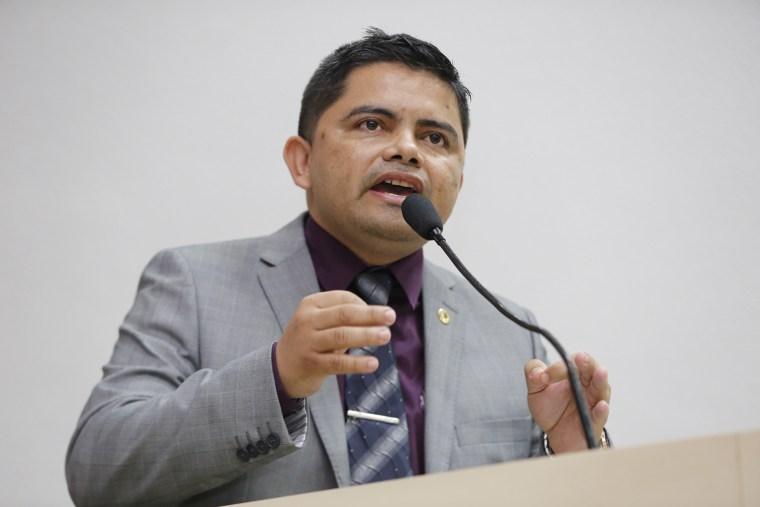 Deputado Jesuíno desmente publicações sobre nova pensão a deputados, membros do TJ, MP E TCE