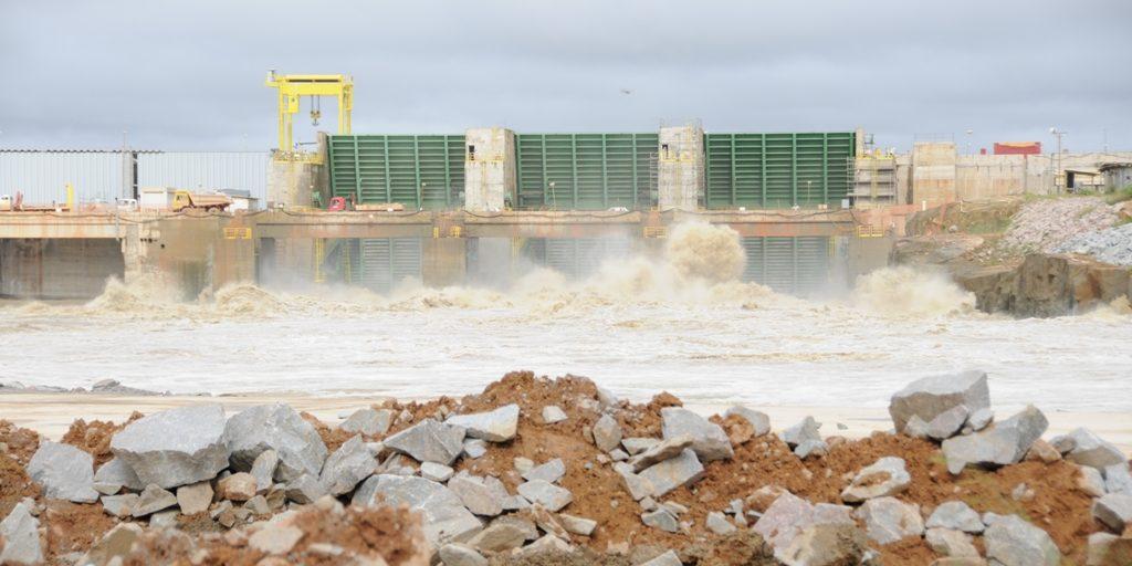 FAKE NEWS – Prefeitura alerta sobre vídeo com suposto rompimento de barragem no rio Madeira