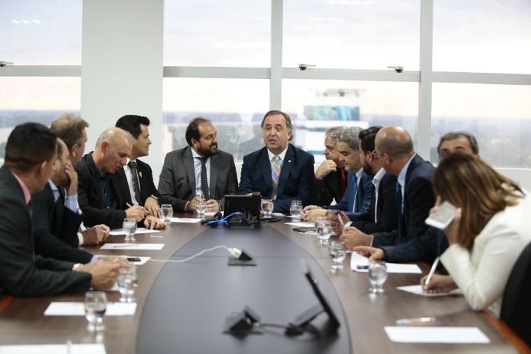 ALE recebe presidente da Unale e deputados são convidados a debater suicídio, violência contra a mulher e segurança pública em Manaus