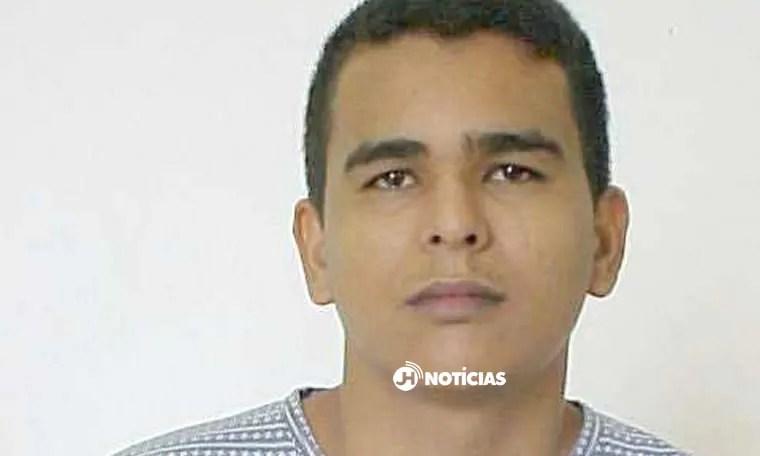 CAIU – Bilim, homicida latrocida terror do Mucambo é preso em Fortaleza; Veja vídeo da prisão