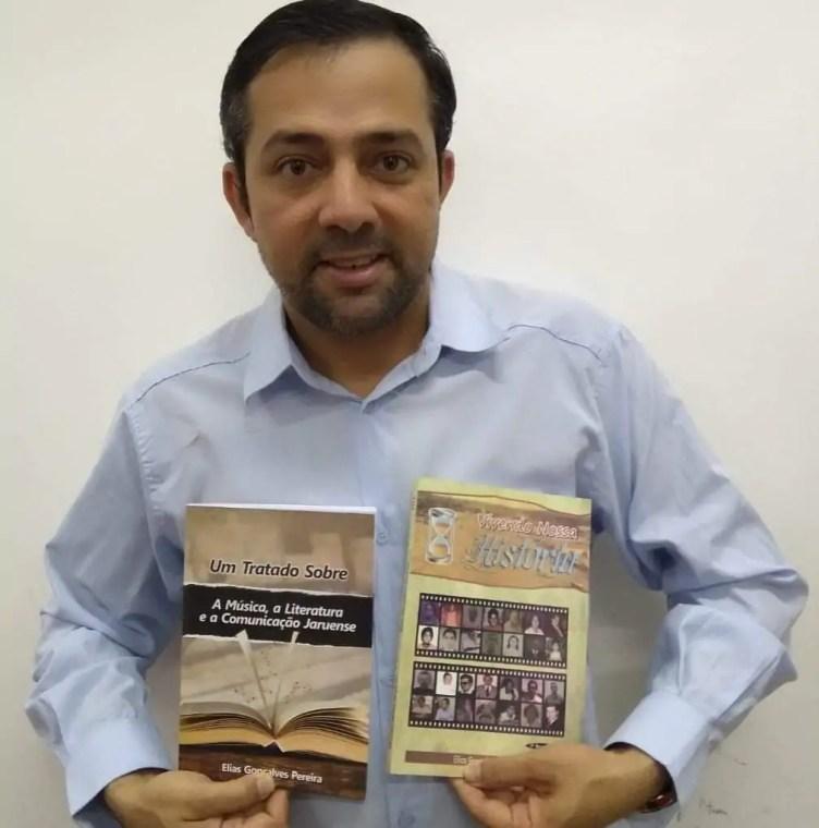 Escritor jaruense lança terceiro livro na quinta-feira (06)