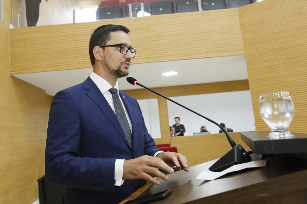Deputado Anderson Pereira quer construção de retorno com acesso ao Hospital do Amor na BR 364