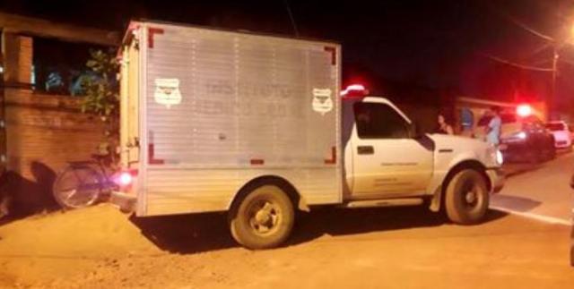 Avô é morto a tiros na frente do neto em distrito de Porto Velho