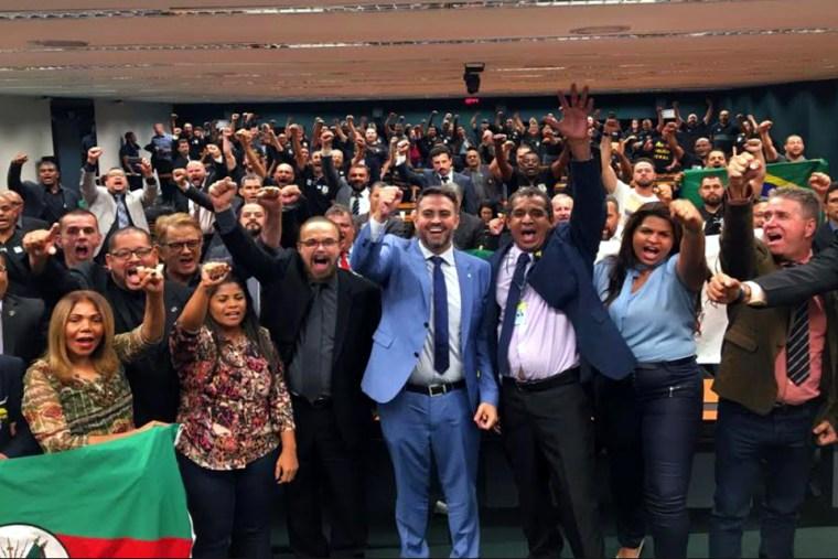 Deputado federal Léo Moraes comera vitória de agentes penitenciarios