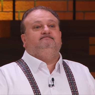 Jurado do MasterChef, chef Erick Jacquin é internado e faz cirurgia