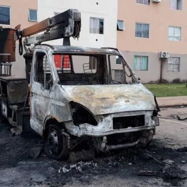 Justiça decreta prisão de trio suspeito de incendiar ônibus e caminhão em Porto Velho