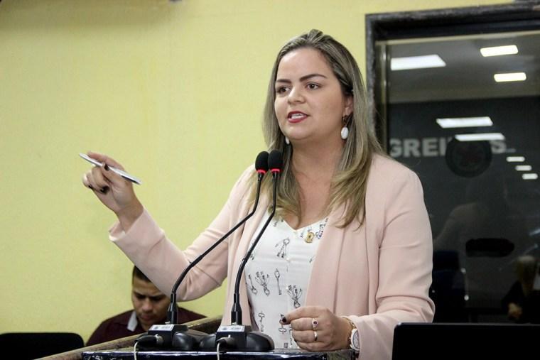 Pacientes se revoltam por falta de médicos em UPA SUL e Vereadora Ada Dantas exige providências