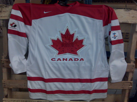 Canada2010white