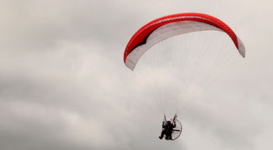 010714_peopledevelopment_paramotor_jhonlin_security_service_01