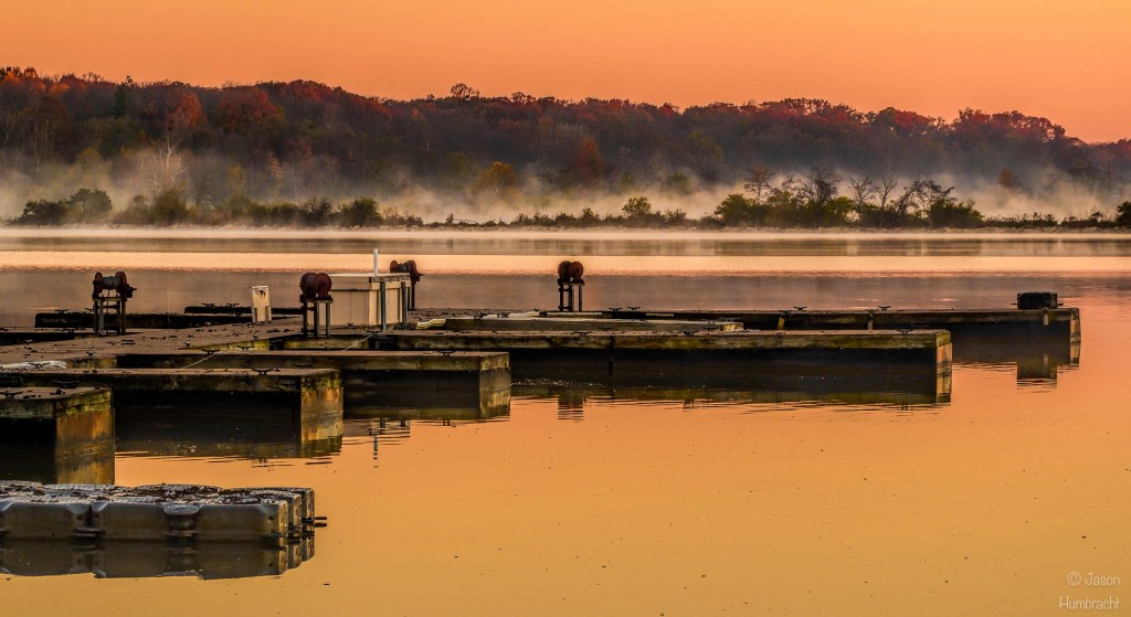Eagle Creek Marina | Sunrise | Nature photography | Indianapolis Indiana | Image by Indiana Architectural Photographer Jason Humbracht
