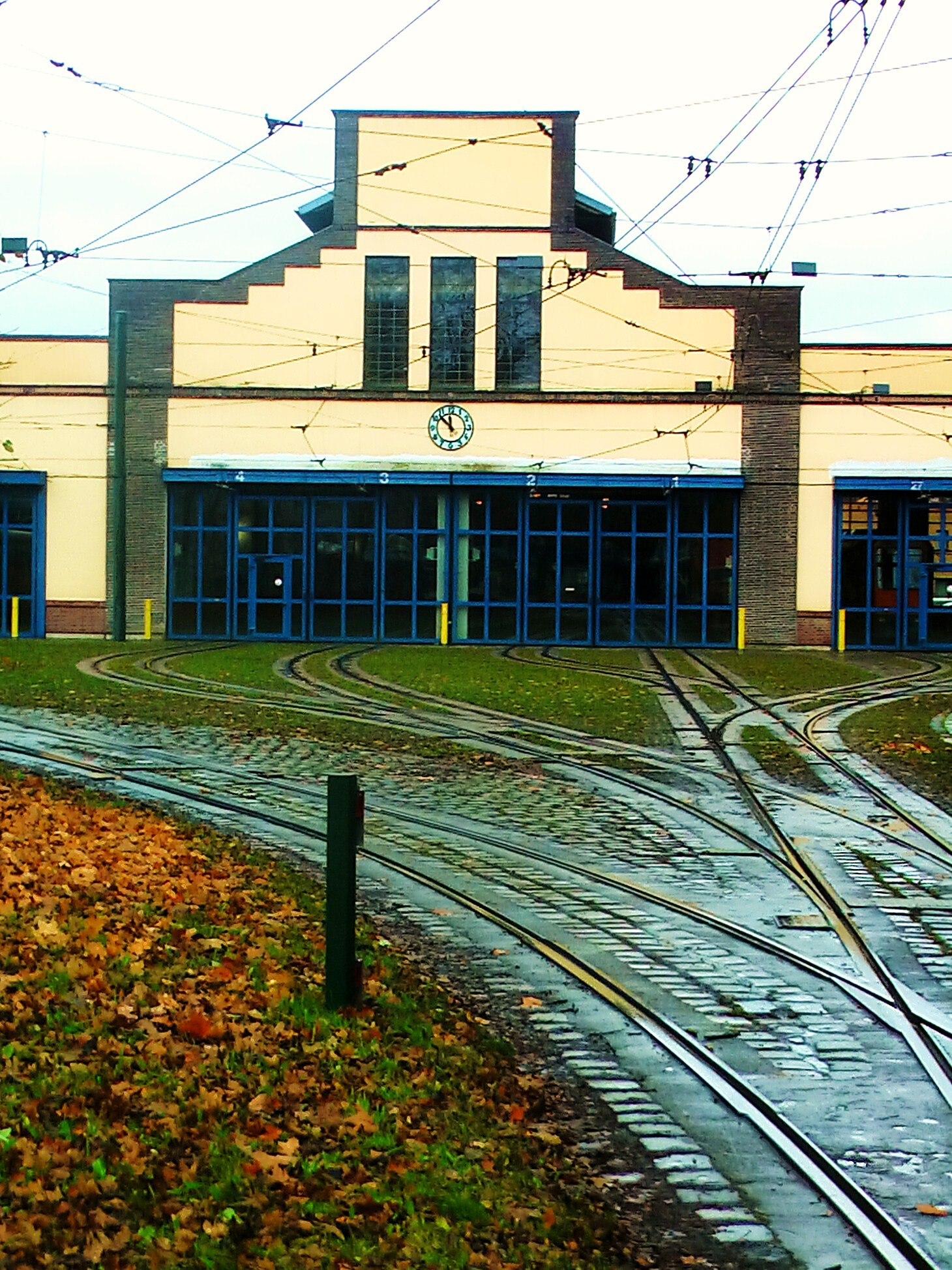 Augsburgs erster Bahnhof