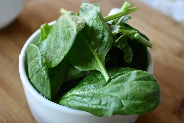 Spinach should not be eaten hot for the second time