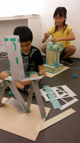 紙タワー・製作中