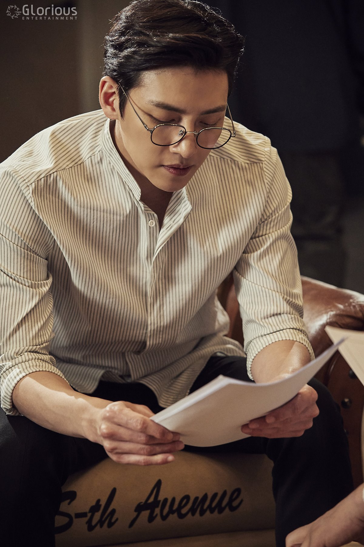 [Drama] Even more behind-scenes photos of Ji Chang Wook in ...