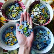 https://www.instagram.com/puzzle_vikki/