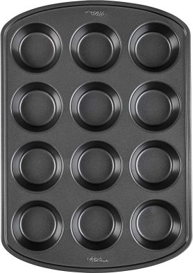 Wilton perfect non -stick cupcake bakeware 12 cups