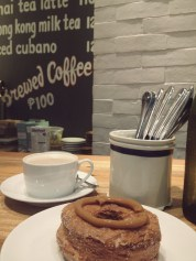 Rainy day with my dulce de leche cronut + a ginger latté at Wildflour