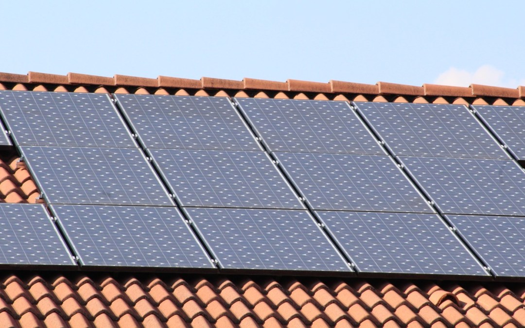 7 Things You Need to Know Before Buying a Home with Leased Solar Panels