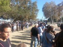 More lines waiting for Bernie.