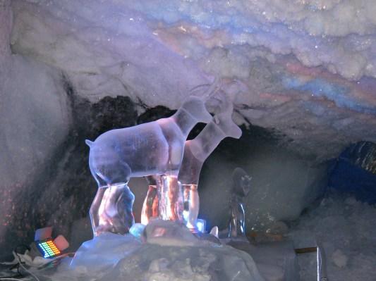 079 Ice sculpture