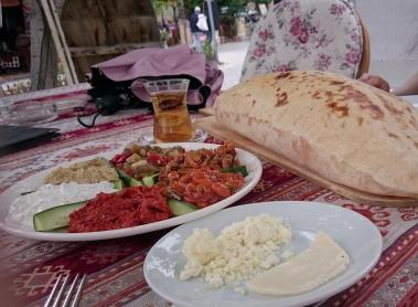 949 Dinner - Appetizers and Pita