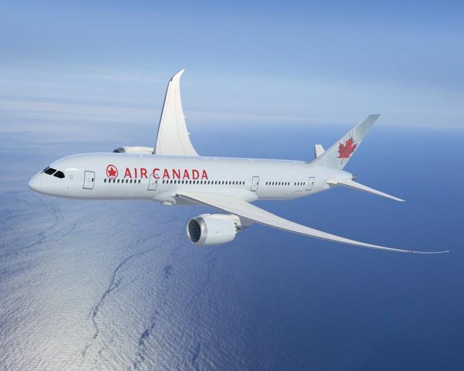 AIR CANADA - Air Canada Premiers New Boeing 787 Dreamliner Cabin