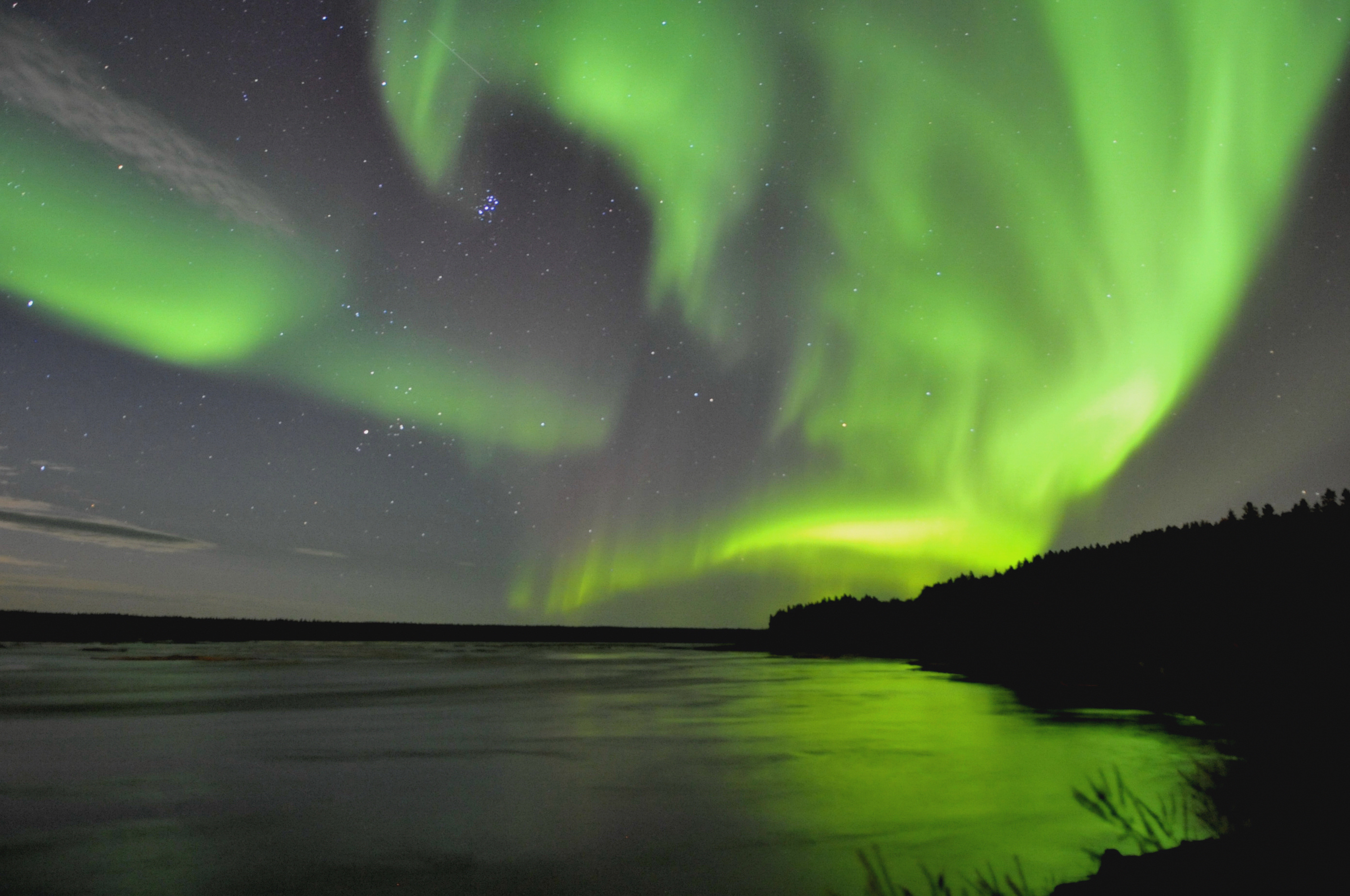 I'd love to see the Northern Lights in Canada, too.