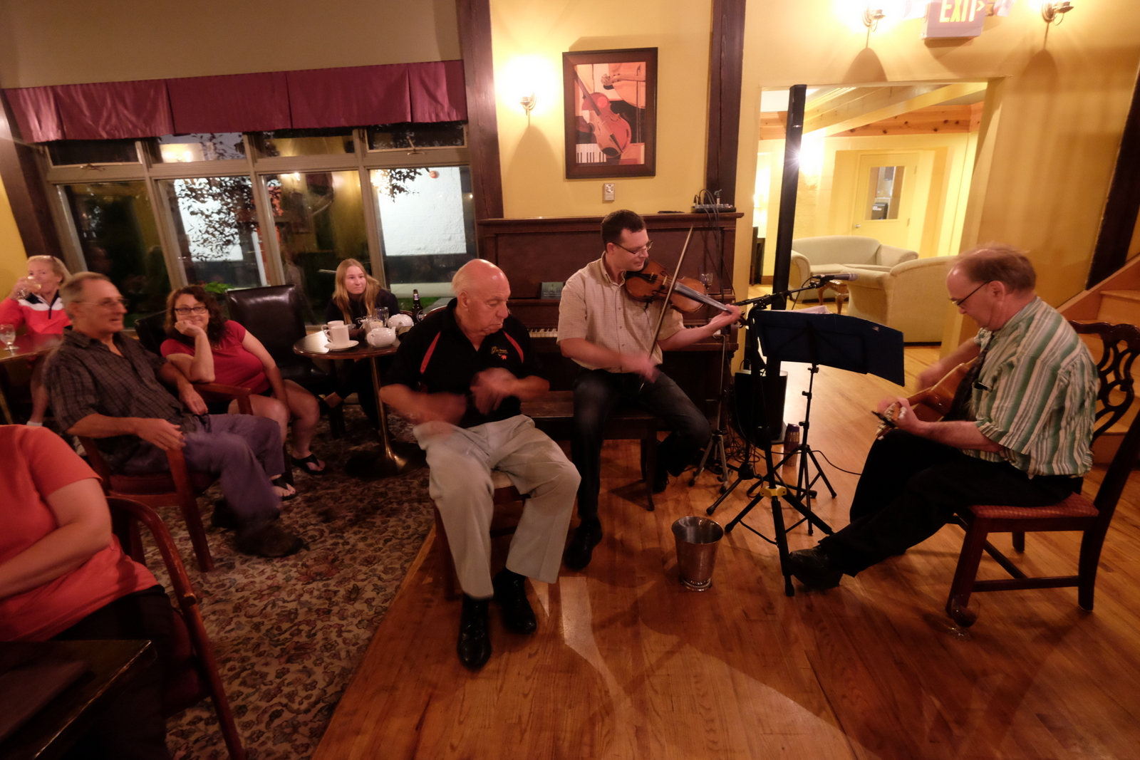 Jerry Deveau and friends play at the Glenora Distillery Pub on Cape Breton Island. - JIM BYERS PHOTO
