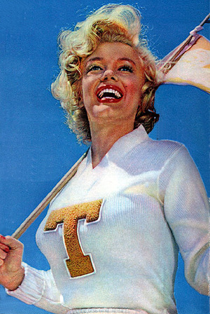 Marilyn_Monroe_Look_Magazine_1952-09-09