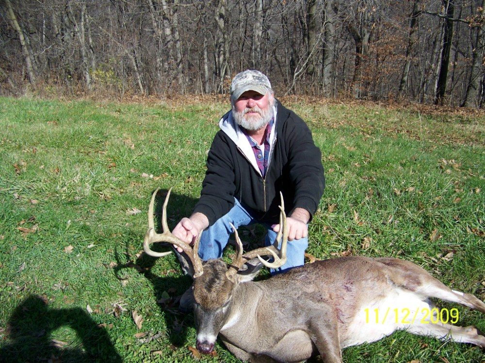 Mid-West Whitetails, A Hunters Paradise (1/5)