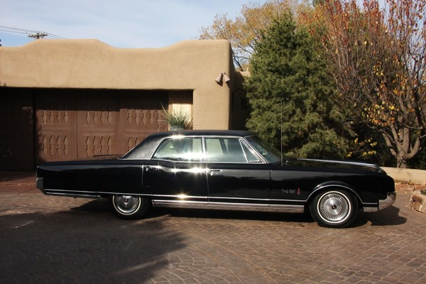 1966 oldsmobile 98 luxury sedan 199824      Jim Hailey s Classic Cars 1966 oldsmobile 98 luxury sedan 199824      1966 oldsmobile  98 luxury sedan 199824